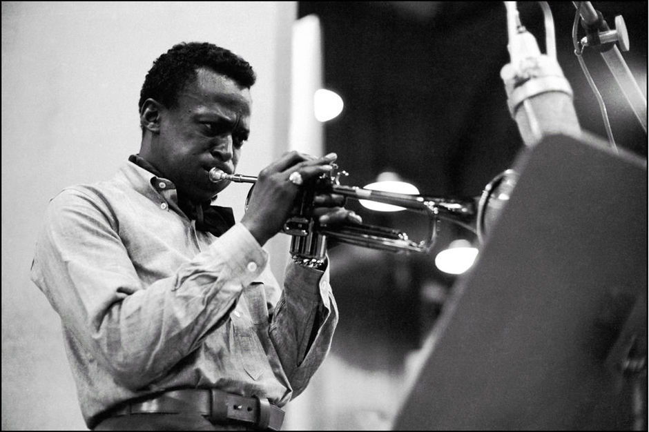 Miles Davis in a button down collar shirt during the King of Blue Session by Don Hunstein, New York, 1959